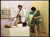 סרט סקסי יפה עם רופאת השיניים